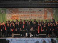 Free_Voices_bei_Mainz_singt_auf_seinen_Plätzen_2013_001